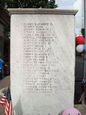 East Side - - World War I Veterans Memorial Marker image. Click for full size.