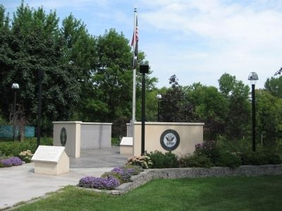 Omro Veterans Memorial image. Click for full size.
