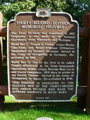 Thirty-second Division Memorial Highway Marker image. Click for full size.