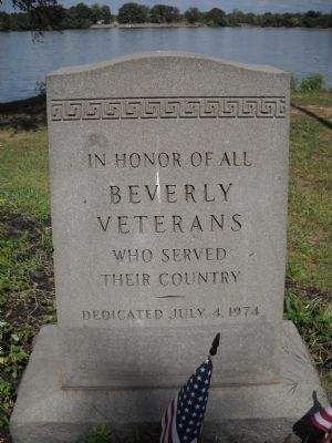 Beverly Veterans Marker image. Click for full size.