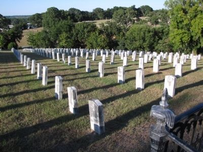 Civil War gravesites image. Click for full size.