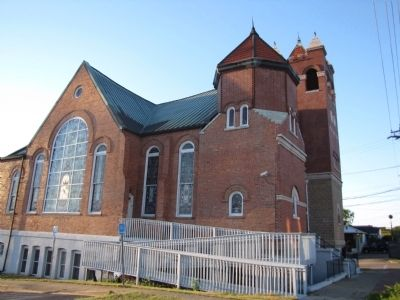 First Baptist Church (Brick-A-Day Church) image. Click for full size.