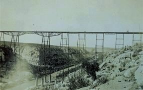 Pecos Viaduct - opened 1892 image. Click for full size.