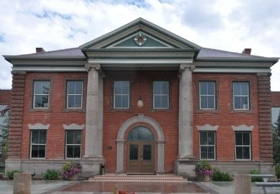 Uinta County Courthouse image. Click for full size.