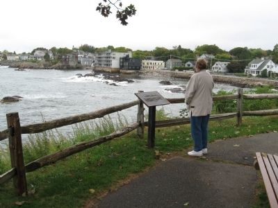 Fort Sewall Marker and Waterfront Houses in Marblehead image. Click for full size.