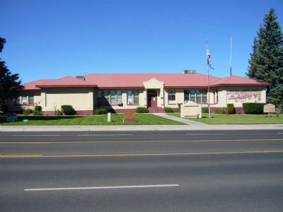 Eagar Elementary School image. Click for full size.