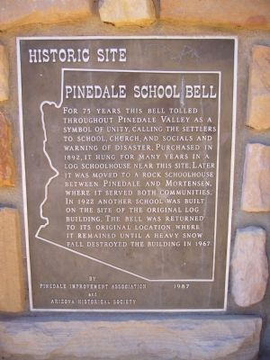 Pinedale School Bell Marker image. Click for full size.