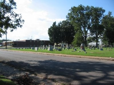 Violet Cemetery and Marker image. Click for full size.