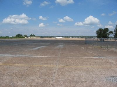 Dyersburg Army Airfield image. Click for full size.