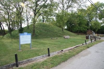 Campbell Memorial Park / The Adena Culture Marker image. Click for full size.