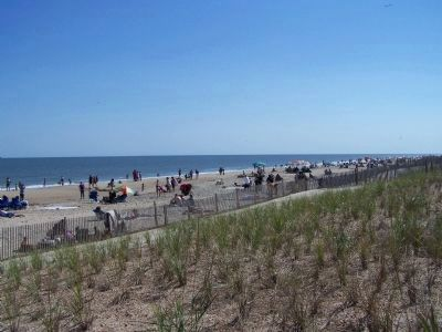 City of Rehoboth Beach October beach day image. Click for full size.