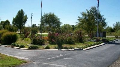 Memorial Gardan at Franklin Community Park image. Click for full size.