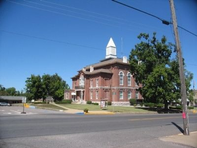 County Courthouse image. Click for full size.