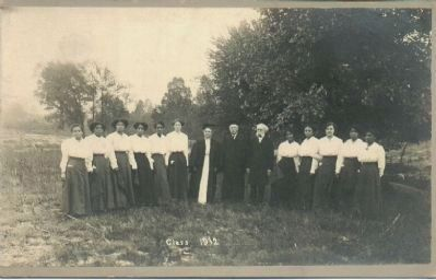 Ingleside Seminary class of 1912 image. Click for full size.