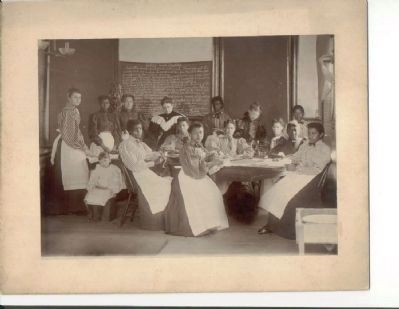 Ingleside Seminary Home-Ec Class image. Click for full size.