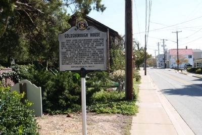 Goldsborough House Marker, seen looking east along West Sunset Ave image. Click for full size.