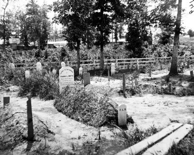 Soldier's cemetery. Grave of Sgt. Frank L. Smith, Co F, 1st Conn. Heavy Artillery in foreground. image. Click for full size.