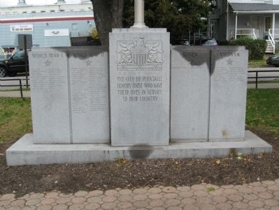 Peekskill Veterans Memorial image. Click for full size.