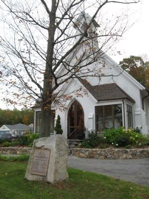 Mohegan Lake School World War I Memorial and St. Mary's Episcopal Church image. Click for full size.