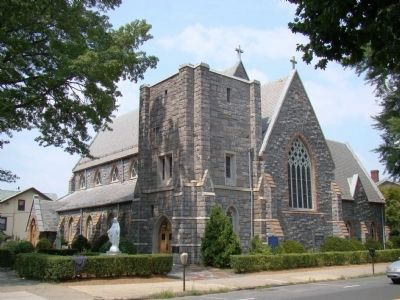 The Memorial Church of Washington Irving image, Touch for more information