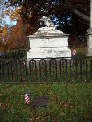 Marker in Oakwood Cemetery image. Click for full size.