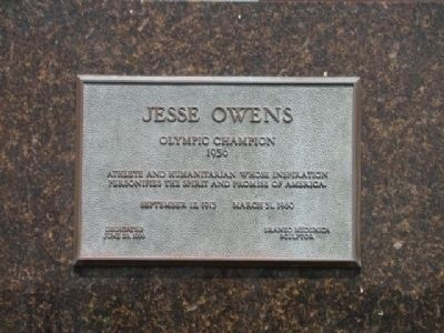 "James Cleveland ""Jesse"" Owens Plaque on Statue image. Click for full size."