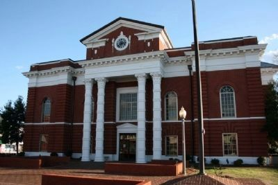 Talladega Courthouse image. Click for full size.