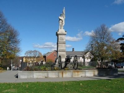 Poughkeepsie Civil War Memorial image. Click for full size.