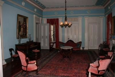 Back Parlor image. Click for full size.