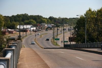 Looking South from the Edmund Pettus Bridge image. Click for full size.
