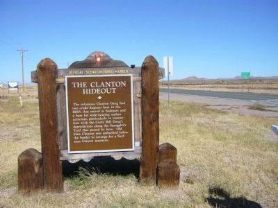 The Clanton Hideout Marker image. Click for full size.