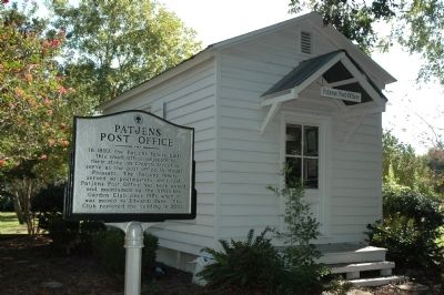 Patjens Post Office & Marker image. Click for full size.