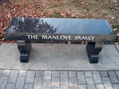The Manlove Family (Memorial Bench) image. Click for full size.