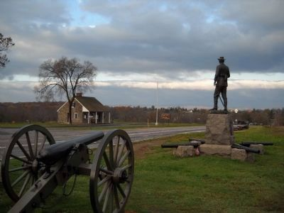 Buford Statue in Gettysburg image. Click for full size.