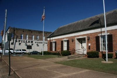 Welcome to Eutaw, Alabama: The Gateway To The Black Belt Marker In Front of City Hall image. Click for full size.