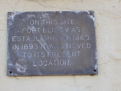 Fort Bliss Officers' Quarters Marker image. Click for full size.