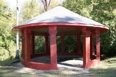Mineral Spring Pavillion image. Click for full size.