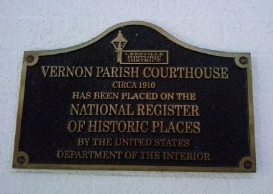 Vernon Parish Courthouse Marker image. Click for full size.