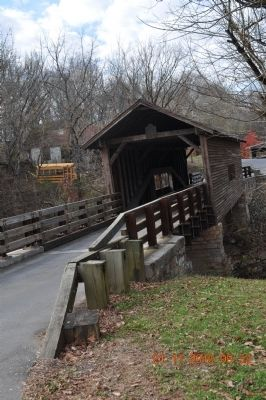 Harrisburg Covered Bridge image. Click for full size.