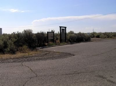 Wide view of the Sacagawea Marker image. Click for full size.