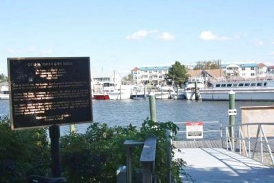 Otis H. Smith City Dock Marker and ramp to the dock image. Click for full size.