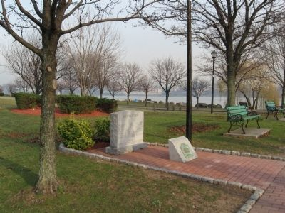 Edgewater Vietnam Veterans Monument image. Click for full size.