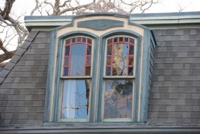 Gunn-Bellenger House Upstairs window and roof-line image. Click for full size.