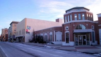 Massanutten Regional Library on S Main St image. Click for full size.