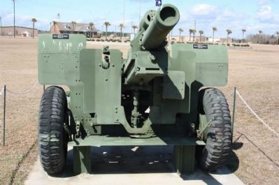 Nearby Howitzer display image. Click for full size.