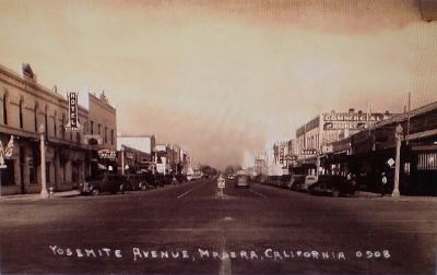 Old post card of the Intersection of Yosemite Avenue and E Street in Madera image. Click for full size.