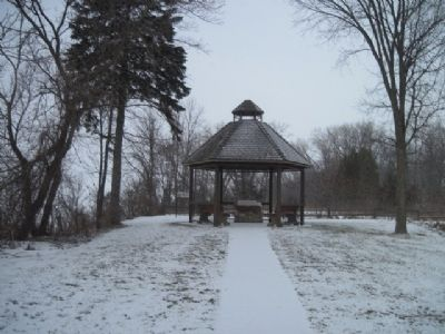 Shelter containing second marker image. Click for full size.