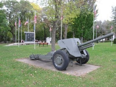 Nearby WWII Howitzer image. Click for full size.