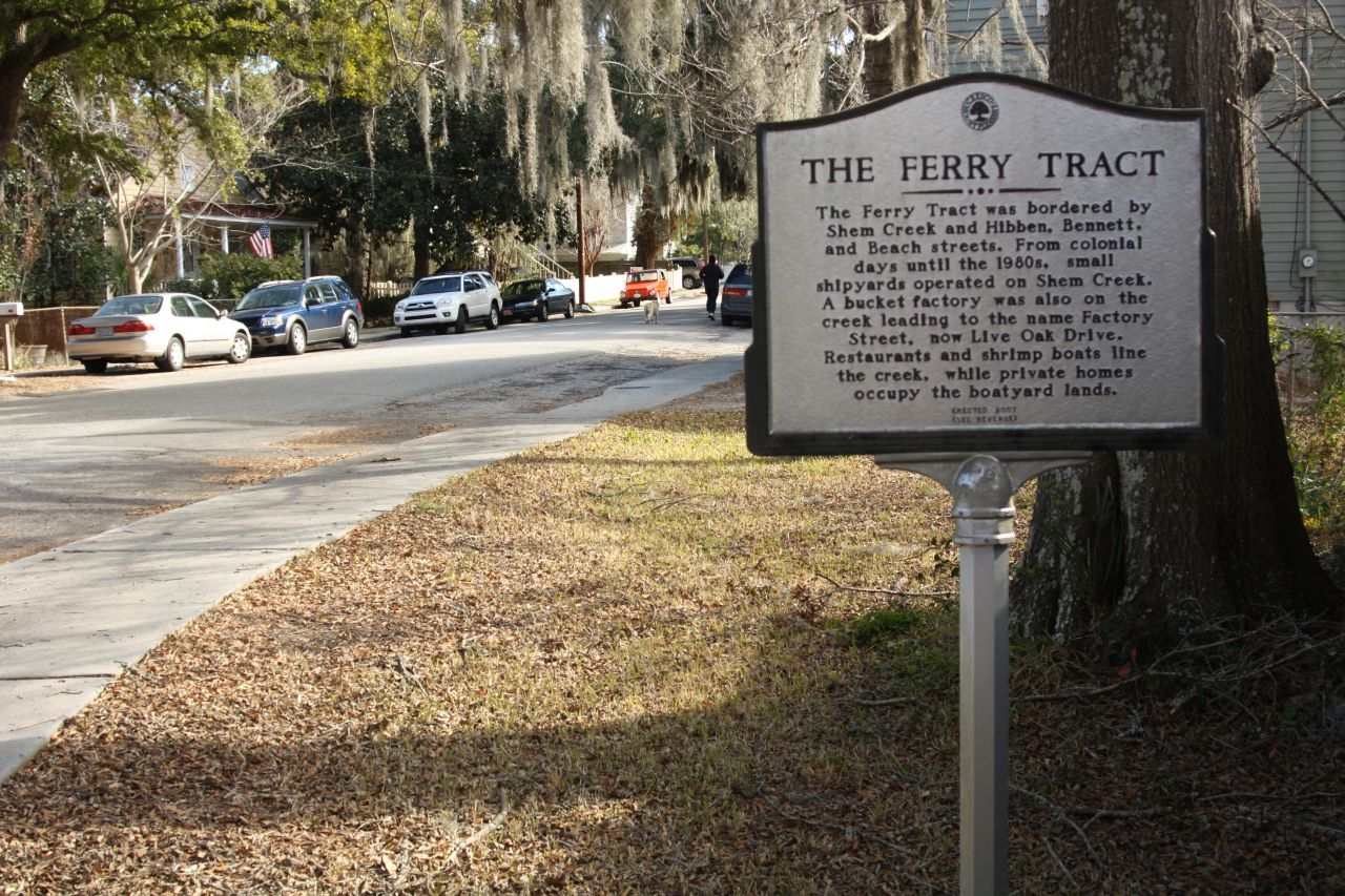 The Ferry Tract Marker, looking north along Bennett Street