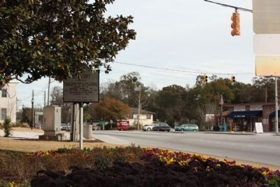 Beaufort Marker, near intersection Ribaut Road with Boundry Street (US 21) image. Click for full size.